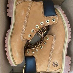 Brand new Timberland boots women size 7